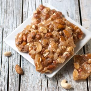 mixed-nut-brittle